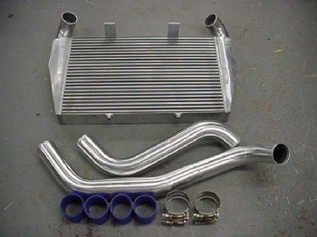 SPIKE FRONT MOUNT INTERCOOLER